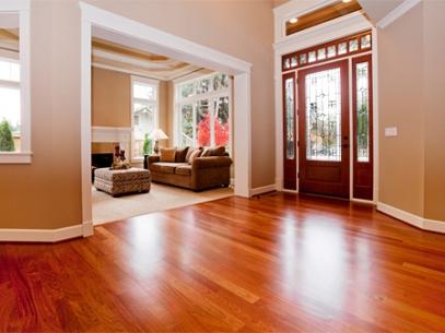 Las 10 mejores maderas para pisos secretos y consejos for Pisos para interiores tipo madera